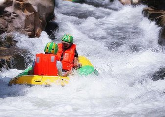 去河源旅游住哪里好?