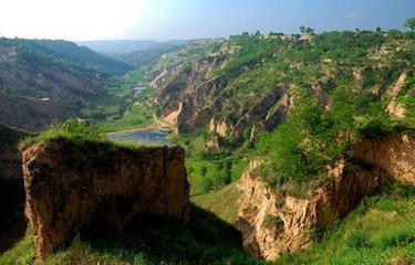 C2甘肃兰州、敦煌莫高窟、鸣沙山、神秘青海湖、塔尔寺双飞双卧5天精华游