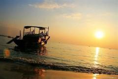 <惠东双月湾2日游>出海捕鱼、沙滩露营、烧烤BBQ、看日出、观沙滩狂舞音乐晚会
