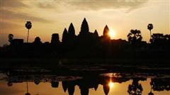 <柬埔寨-吴哥窟4晚5日游>广州往返,含导服费,一天自由活动,游吴哥窟神秘旅程,尝柬式风味,巴肯山看绝美日落