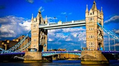 [国庆]<欧洲英国深度10或11日游>牛津剑桥双学府,爱丁堡,温德米尔湖区,斯特拉福德球场,曼城,全程包含境外司导服务费