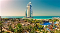 <迪拜-阿布扎比6日游>入住一晚七星帆船酒店 帆船早餐 观光缆车 迪拜水族馆 香港直飞 去程A380