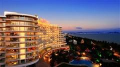 <海南三亚-蜈支洲-亚龙湾4日游>纯玩假期,只住180海景,国际五星酒店可选,2天跟团热门景点,24H接送机,专属美食锦囊