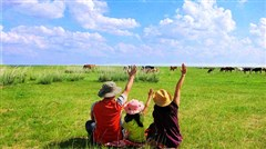 [国庆]<呼伦贝尔草原-莫日格勒河-敖鲁古雅-满洲里双飞双卧6日游>轻触萌宠驯鹿,草原动感越野车,俄罗斯天然小木屋,醇香烤全羊,亲子小环线