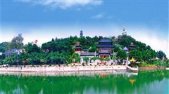 <东莞隐贤山庄-动物园-松山湖1日游>畅玩隐贤山庄,赏浪漫松山湖,与动物零距离接触,欢乐互动让您深入了解动物王国的世界
