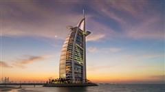 <迪拜-阿布扎比-沙迦6日游>A行程入住位于F1赛道亚斯总督酒店及畅玩迪拜乐园,法拉利公园/船游迪拜河/艾布姆旅游村,EKA380香港直飞