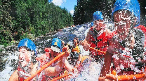 【黄腾峡】<清远黄腾峡漂流-银盏森林温泉2日游>清凉一夏,玩转漂流之王,浸泡银盏森林温泉