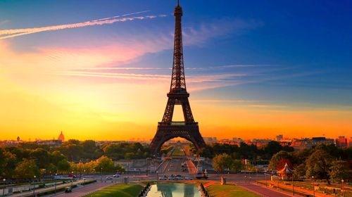 【意大利】[当季]<欧洲十国13或14日游>双旦热卖,三/四星,卢浮宫入内,意大利名城,漫步瑞士湖边小镇,发现小国之美,巴黎自由活动