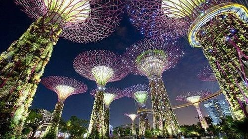 【新加坡】<新加坡-马来西亚4晚5日游>中山联运 国泰航班 新进马出省去6小时车程 黄金海岸德胜港海边自由活动半天 全程升级酒店