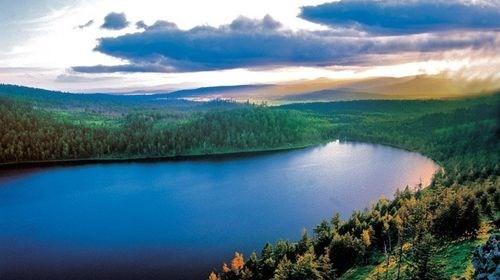 【呼伦贝尔】<呼伦贝尔-漠河-阿尔山-满洲里-莫尔道嘎双飞12日游>中国最北点、呼伦贝尔草原、特色私家牧场、南北大环线