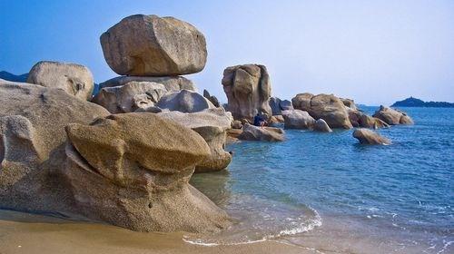 【惠州】<惠东双月湾露营-出海捕鱼2日游>沙滩露营、烧烤BBQ、看日出、观沙滩狂舞音乐晚会