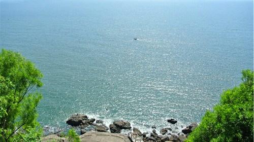 【阳江】<阳江闸坡海陵岛海滩直通车2日游>入住山海湾假日酒店标准双床房