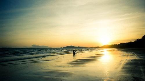 【惠州】<惠州-惠东双月湾沙滩直通车3日游>住海角一号酒店海景双床房,自由畅玩双月湾