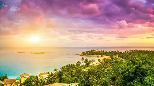 【斯里兰卡】[当季]<斯里兰卡6晚8日游>含司导服务费,深起港止,狮子岩,佛牙寺,本托塔海滩, 高山茶园与海滨火车,领略兰卡自然全景风光