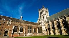 <英国9日游>欧洲精选,邂逅英伦,大英博物馆,牛津,剑桥两大学府,比斯特购物村,湖区,古堡酒店
