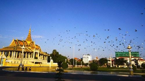【柬埔寨】<柬埔寨-金边-吴哥5晚6日游>、正点航班、全程入住四星酒店、游首都金边皇宫、大小吴哥城探秘、1天自由活动、双城连游