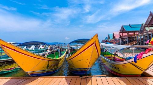 【泰国】<泰国-普吉岛6日游>深圳直飞、全程0自费、三天出海、大小皮皮岛浮潜、天堂湾、蓝钻珊瑚岛、攀牙湾、精油SPA、升级一晚五星度假酒店