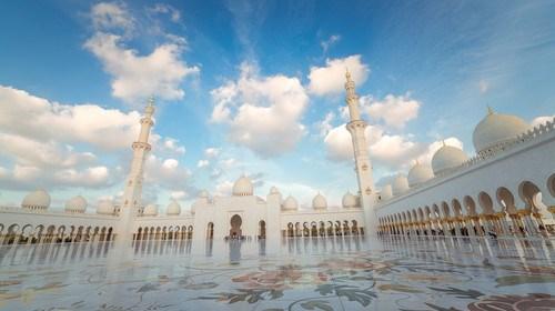 【迪拜】<迪拜-阿布扎比阿联酋6日游>错峰出行,女神月来袭,香港EK,享帆船酒店,悍马或林肯游迪拜,全程五星,升级1晚万豪或威斯汀或其他