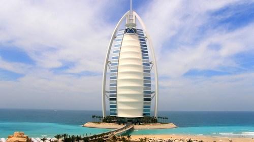 【迪拜】<迪拜+阿布扎比6日游>全程国际五星酒店,入内卢浮宫博物馆,猎鹰博物馆,一天自由活动,阿联酋航空去程A380